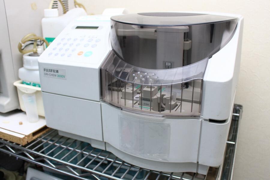 血液生化学検査器です