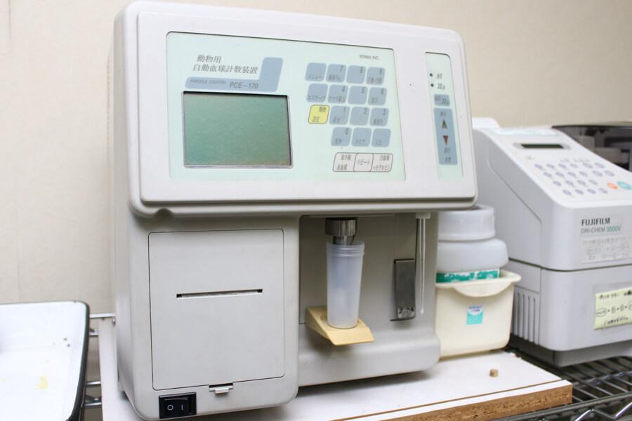 血球計算機です