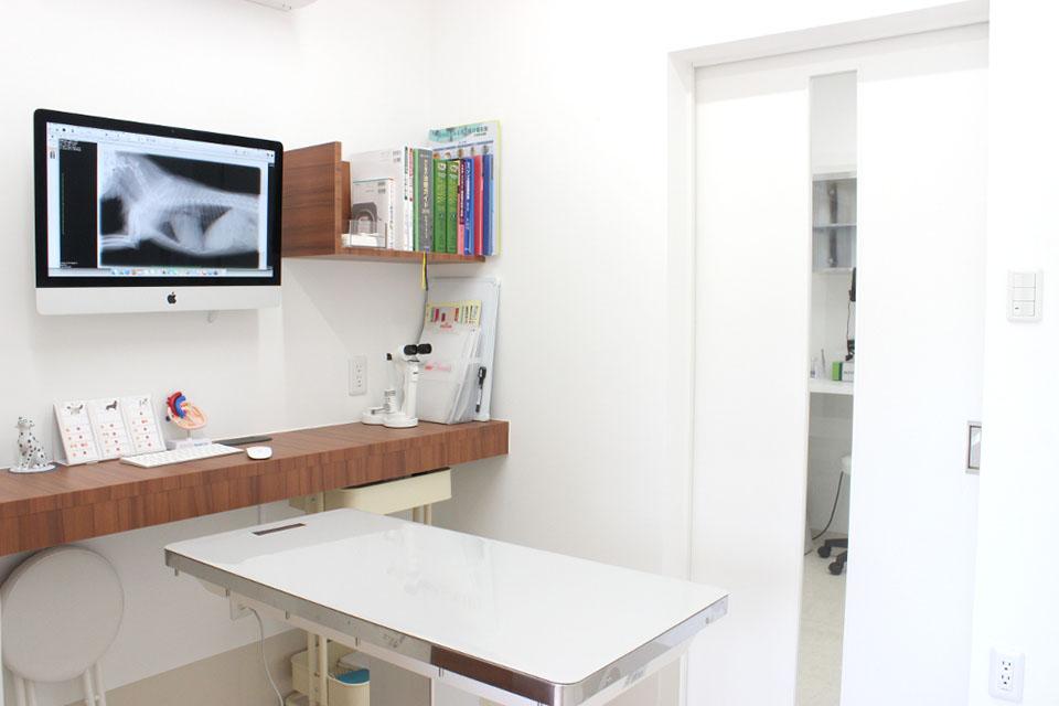 葉山一色ペットクリニック診察室